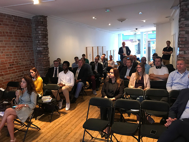 KIRN avholdt frokostmøte om chatbots og ai på MESH i Oslo